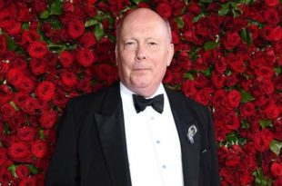Julian FELLOWES ROTHSCHILD