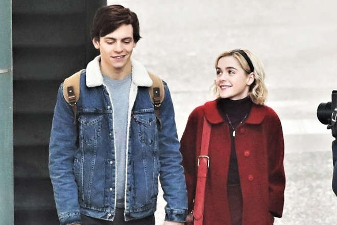 Ross Lynch e Kiernan Shipka