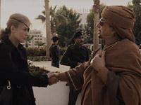Rosamund Pike in una scena di A Private War