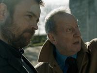 Colin Burstead con il padre
