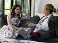 Anna Kendrick e Blake Lively in Un piccolo favore