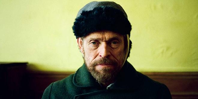 Willem Dafoe è Van Gogh in una delle scene del film