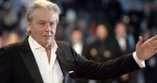 Alain Delon premiato a Cannes