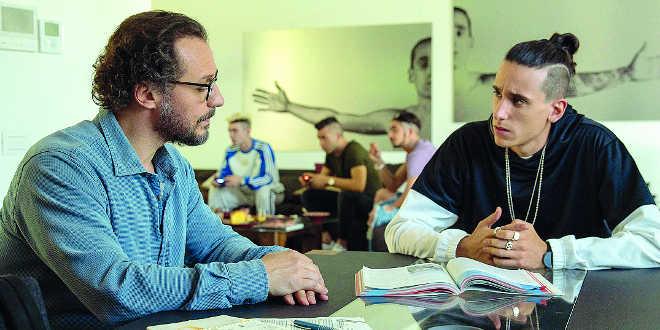 Stefano Accorsi e Andrea Carpenzano in Il campione