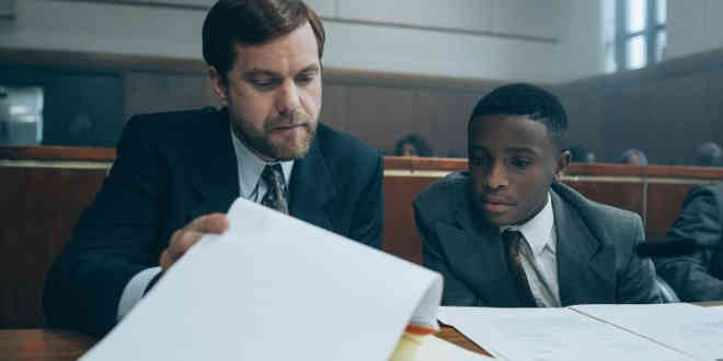 Joshua Jackson e Caleel Harris in When they see us