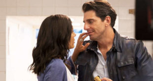 Giampaolo Morelli e Serena Rossi in una scena di 7 ore per farti innamorare
